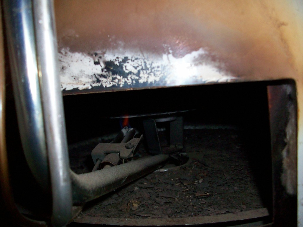 Water heater backdraft